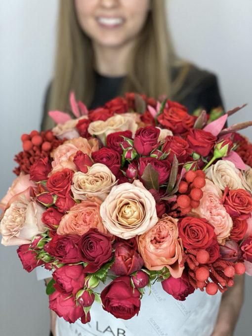 """Цветы в шляпной коробке """"I Love You"""""""